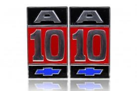 EMBLEMA 'A10' PADRÃO ORIGINAL (ALUMINIO)